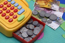 V roce 2020 se v průběhu roku třikrát změní způsob výpočtu nezabavitelné částky (v lednu, v dubnu a v červenci 2020). V průběhu roku, se tedy bude potupně zvyšovat to, co zůstává při exekuci na plat dlužníkovi.