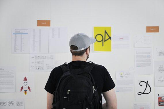<span>Dohoda o provedení práce (DPP) je určena především pro jednorázové brigády, či práce příležitostného charakteru. Je s ní spojena celá řada výhod (do určité výše příjmu se neplatí sociální nebo zdravotní pojištění). </span>