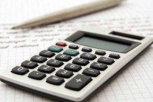 Kalkulačka: Výpočet minimálního odstupného při výpovědi v roce 2020