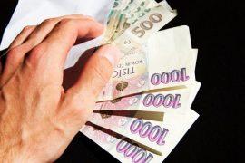 Sami si můžete zvolit, zda preferujete vyplacení sjednané částky v hotovosti nebo převodem na bankovní účet.