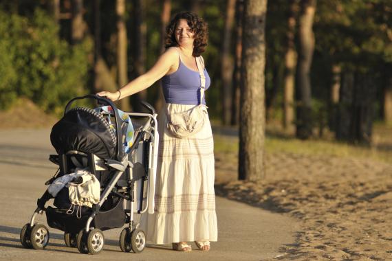 <span>Spočítejte si, jaká bude vaše mateřská v roce 2014. Kdo má nárok na peněžitou pomoc v mateřství a na co si dát pozor? Přečtěte si tento článek a dozvíte se vše potřebné.</span>
