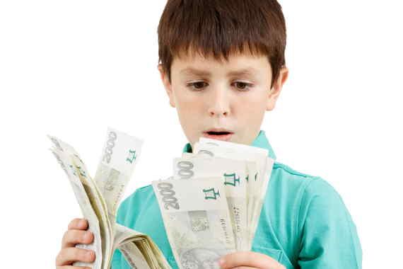 <span>U této půjčky si každý nový klient může říci až o 15 000 Kč (pro stávající klienty až do 20 000 Kč). Za půjčku platíte jen minimální poplatky. Například půjčka 10 000 Kč na 30 dní, vás bude stát jen 498 Kč. Peníze navíc může splatit až v 10ti postupných splátkách. Nebo najednou do 30 dní.</span>